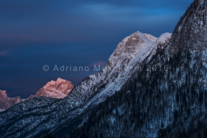 Ora Blu sullo Jalovec - Blue hour on Jalovec peak