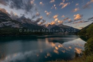 Tramonto sul lago di Molveno - Sunset over Molveno lake