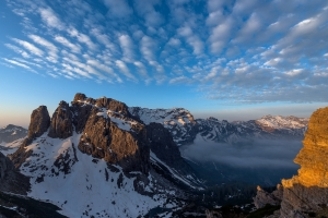 Alba da forc.dell'Inferno  /  Sunrise from Forcella Inferno, view of Pramaggiore and Crode Sion range